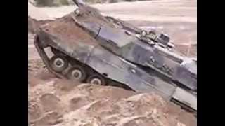Leopard 2A6 hindernissen Wezep