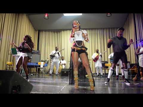 Lady ponce & Senzaa en live prestation à la nuit du Live en Suisse