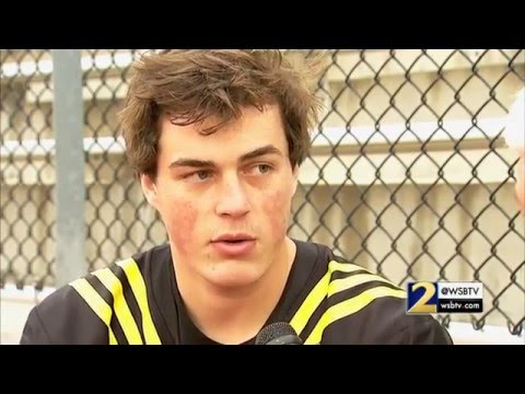 RAW: Chuck Dowdle sits down one-on-one with Georgia commit Jacob Eason