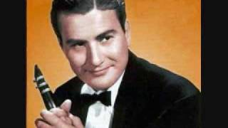 The Artie Shaw Orchestra: Begin the beguine