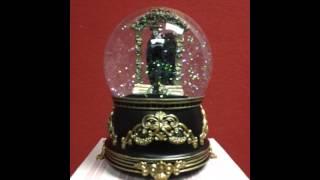Phantom of the Opera - Phantom Stepping Through The Mirror Water Globe Plays