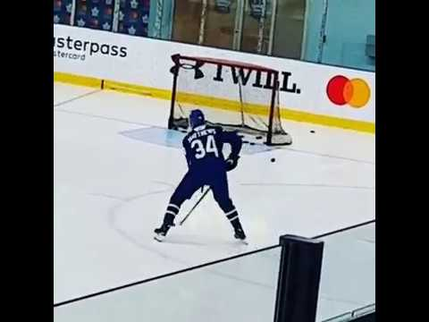 Auston Matthews - Toronto Maple Leafs practicing at Mastercard arena - October 2, 2017
