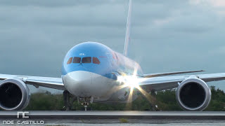 WOW!! Boeing 787 Close-Up & Engines Sound - Taking-Off at Cancun Mexico