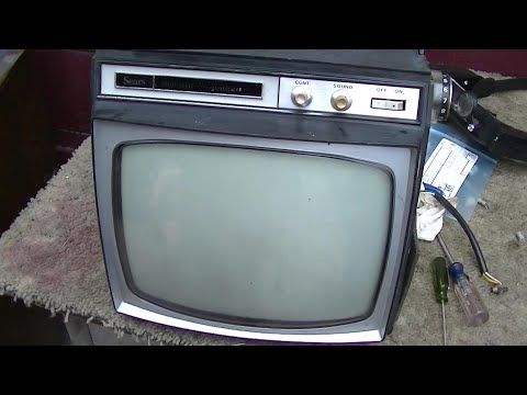 Recapping and Troubleshooting 1966 Sears Toshiba Portable Black And White Television