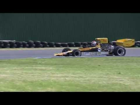 F5000 Sandown Opening Laps