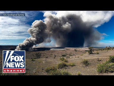 Fears grow of Kilauea eruption as plumes reach 12,000 feet