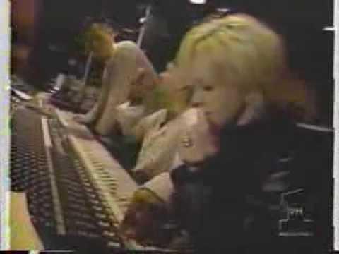 Cyndi Lauper in studio with Junior Vasquez (Come On Home)