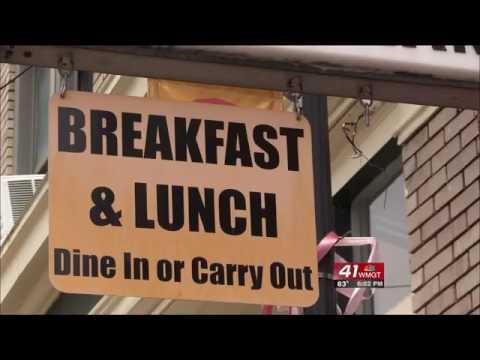 Historic Macon Restaurant Reflects On Gregg Allman's Death