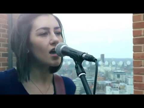 Bastille - Pompeii (Hannah Trigwell Acoustic Cover)