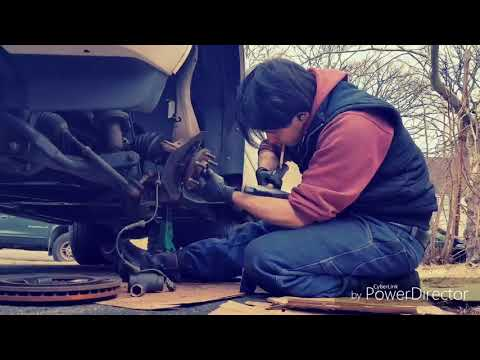 Nissan Pathfinder 08 Front Lower Ball Joints | Front Wheel Hub Replacement