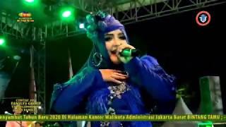 Selimut biru_mega mustika