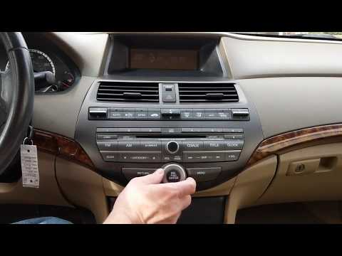 2010 Honda Accord:Retrieving and Entering Radio Security Code
