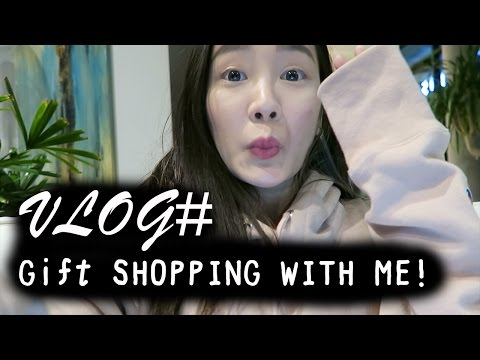VLOG TV: Gift Shopping with Me! 一起逛街吧 | TheKellyYang