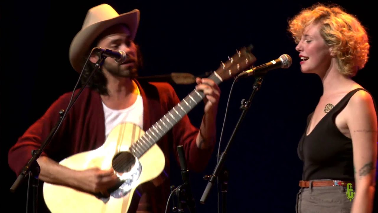 shakey graves and esme patterson dating advice