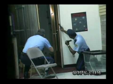 Resisting Arrest, Officer King Harris and Hank Glenn, COPS TV SHOW