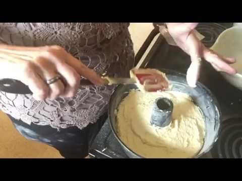 Sour Cream Pound Cake With Cream Cheese Icing Recipe...