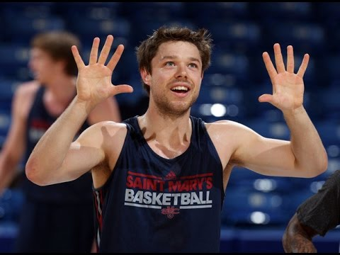 Matthew Dellavedova Rise From Saint Mary Gales to the NBA Finals: Aussies Abroad
