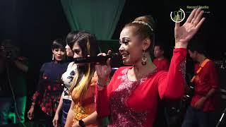 Download ALL ARTIS TRIAS MUSIC-PENGALAMAN PERTAMA-LIVE BERINGIN SINGGAHAN BATEALIT 2019 Mp3