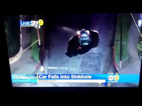 Car falls into a sinkhole in Studio City