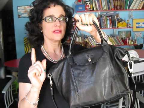 Longchamp Cuir Review and What s in My Bag - YouTube 3126fa8dd5948