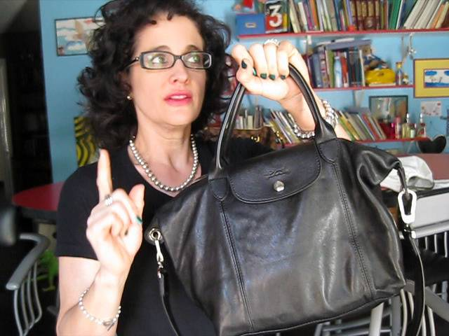 Longchamp Cuir Review and What's in My Bag - YouTube