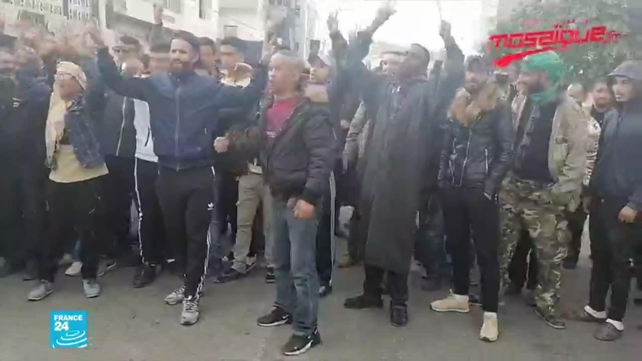 تونس: متاجر مغلقة وحركة بطيئة في تطاوين استجابة لإضراب دعت له تنسيقية الكامور  - 11:01-2021 / 2 / 25