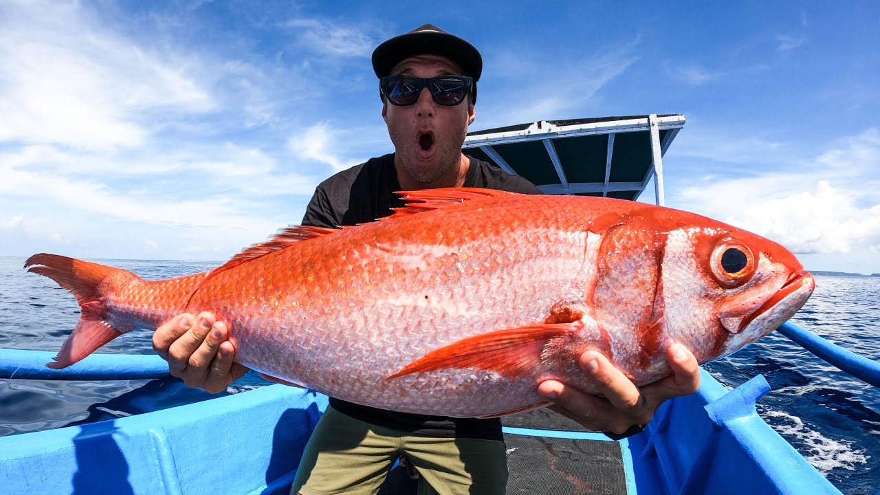 IS THIS THE WORLDS BIGGEST GOLDFISH? FISHING FOR GOLDFISH. EP 54