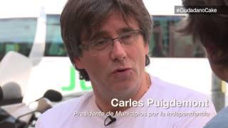 TV3 - Divendres - El perfil de Carles Puigdemont i Marcela Topor De Bruxelles où il tenait une conférence de presse, le président catalan destitué