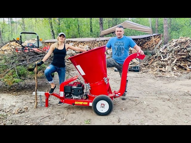Fall Clean Up with the Split-Fire 4090 Wood Chipper
