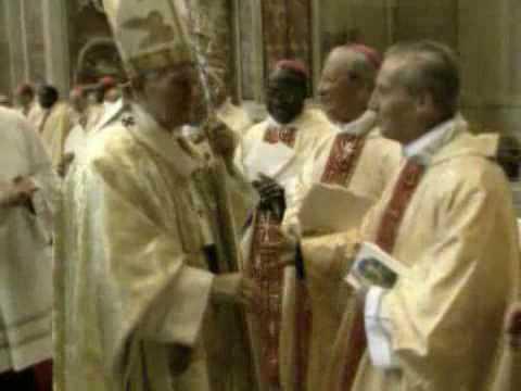 17 maggio 1992: beatificazione di Josemaría Escrivá
