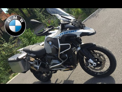 Liquid cooled BMW GS 1200 LC Adventure Review