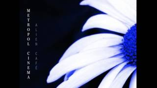 Alien Café - Blue Flower