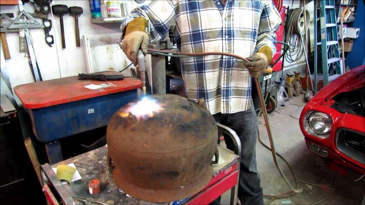 Gas Welding A Cast Iron Pot Youtube