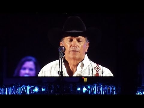 George Strait - Tom Petty Cover - You Wreck Me - Encore Song Chicago 3/8/2014