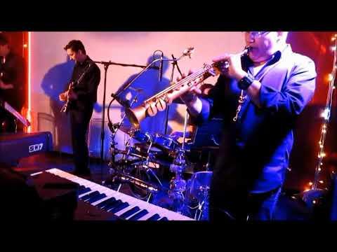 "Damien POYARD, avec Mathieu CHOCAT et le ""Choc-Orchestra"" au Palatino (21)."