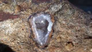 Finding smokey quartz and agates without a shovel