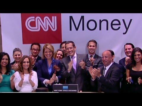 CNN Money team rings closing bell on record high