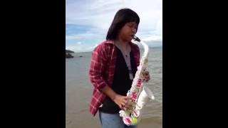 Saxophone plastic test on sea