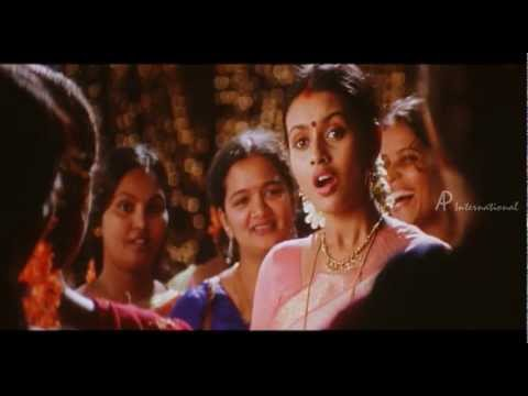Kannadi Pookkal - Hey Chillu Chillu Song