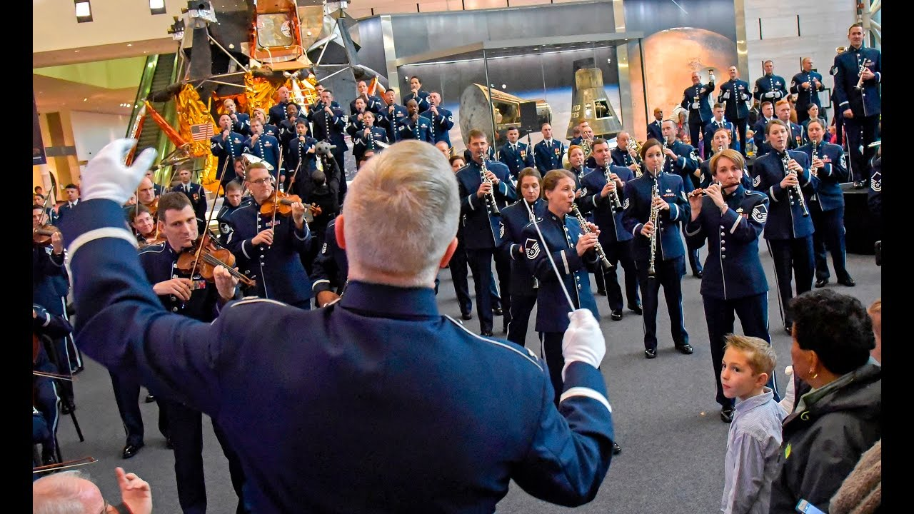 Is The Airforce Doing A Flashmob Christmas 2020 The USAF Band   2016 Holiday Flash Mob   YouTube