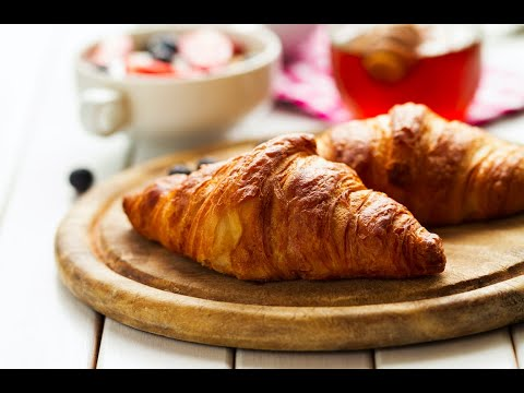 how-to-prepare-/-make-croissants-easily-and-quickly.-complet-recipe.-english