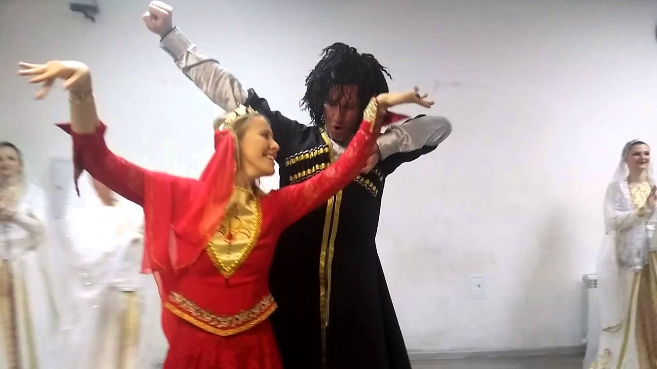 Image result for Собчак в кавказской одежде танцует фото