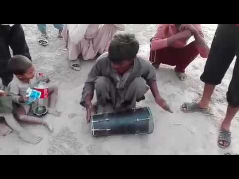 Laal meri pat rakhiyo by local dhol