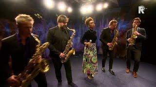 Ntjam Rosie & Artvark Saxophone Quartet in Live uit Lloyd