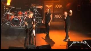 Download Metallica Lars and Kirk Switching Instrument live San Diego 2013 Mp3 and Videos