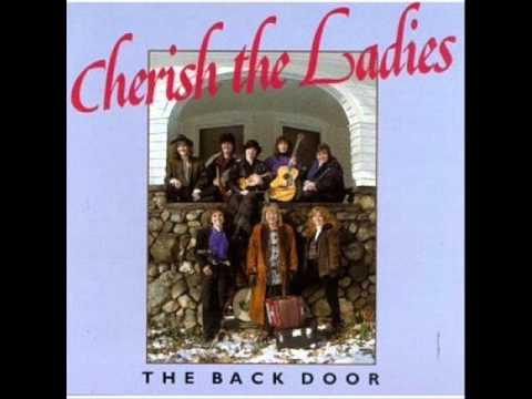 Cherish the Ladies - Carrigdhoun (Lyrics) - YouTube