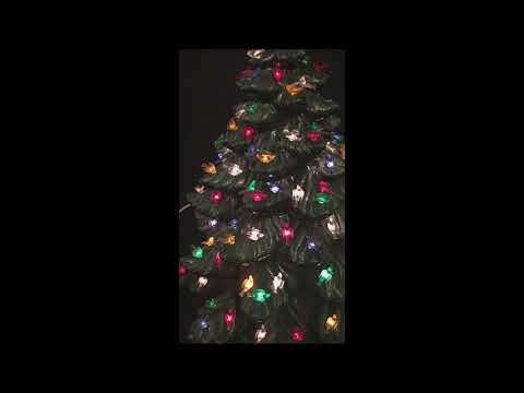 atlantic mold ceramic green christmas tree large with bird pegs - Atlantic Mold Ceramic Christmas Tree