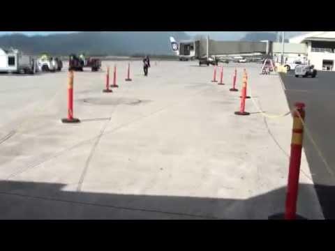 Island Air| ATR 72-200| Boarding