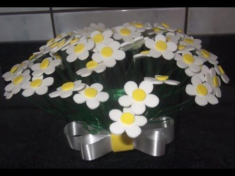 como fazer vaso de flores com garrafa pet e eva