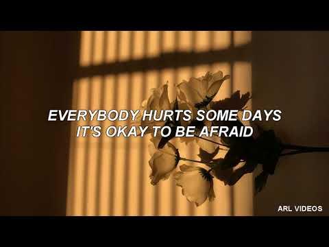 Avril Lavigne- Everybody Hurts (lyrics)